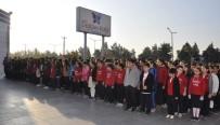 ANıTKABIR - Gençler Atatürk'ü Yaşayarak Andılar