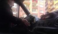 MİNİBÜS ŞOFÖRÜ - Minibüs Şoförü Yolcuların Canını Hiçe Saydı
