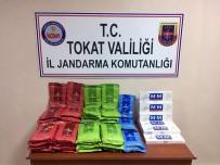 TRAFİK KANUNU - Tokat'ta Yolcu Otobüsünde Kaçak Sigara Ele Geçirildi