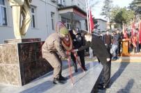 HÜKÜMET KONAĞI - Yunak'ta Ölümünün 79. Yılında Atatürk Törenle Anıldı