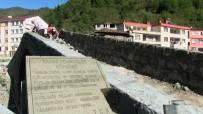 KARAYOLLARı GENEL MÜDÜRLÜĞÜ - Artvin'deki Tarihi Demirciler Köprüsü Yeniden Restore Ediliyor