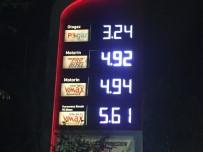 ZAM - Motorinde Tarihi Fiyat; 11 Kuruş Zam Geldi