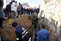 KANALİZASYON ÇALIŞMASI - Şırnak'ta Kanalizasyon Çukuruna Düşen Çocuk Ağır Yaralandı