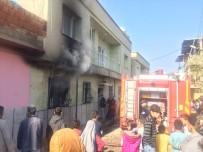 YALIN - Suriyeli Ailenin Kaldığı Evde Yangın