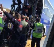 KıRıM - Yolcu Otobüsü Kamyona Çarptı Açıklaması 1 Ölü, 9 Yaralı