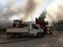 DINDAR - Antalya'da Depo Yangını