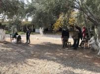 İNSAN KAÇAKÇISI - Çanakkale'de 29 Kaçak Göçmen Yakalandı