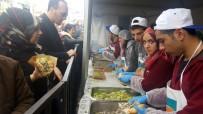 ÇEKMEKÖY BELEDİYESİ - Çekmeköy'de 10 Ton Hamsi Dağıtıldı