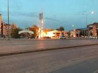 YAKIT TANKERİ - Denizli'de Akaryakıt İstasyonunda Korkutan Yangın