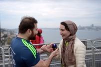 AVRASYA - Maratonda Evlenme Teklifi