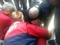 CAMİİ - Motosiklet Sürücü Yaşlı Adama Çarpıp Kaçtı