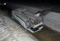 Otomobil İle Motosiklet Çarpıştı Açıklaması 3 Yaralı