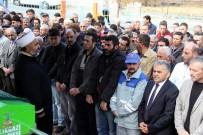 MEMDUH BÜYÜKKıLıÇ - Babası Tarafından Öldürülen Çocuğun Cenazesinde İmamdan Cemaate Nasihat
