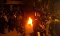 BUZDOLABı - Elektrik Kesintileri Yol Kapatılarak Protesto Edildi