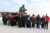 ŞEHİT ONBAŞI - Engelliler Anneleri İle Çanakkale'yi Gezdi