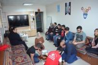 GÖRME ENGELLİLER - Gençlik Merkezi Gönüllü Gençleri 'Gören Göz' Oldu