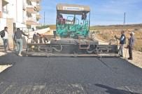 MİMAR SİNAN - Gölbaşı İlçesinde Asfalt Çalışmaları Devam Ediyor