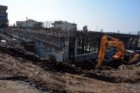 PAZARCI - Helvacı Modern Kapalı Pazar Yeri İnşaatı Devam Ediyor