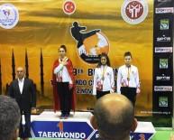 TEKVANDO - Hümeyra Beşer Madalyayla Döndü