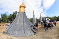 ÇUKUROVA ÜNIVERSITESI - Kubbe Ve Minarelerin Alemleri Dev Vinçle Yerleştirildi