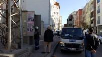 DAĞITIM ŞİRKETİ - Mahalle Sakinlerinden Elektrik Dağıtım Şirketine Tepki
