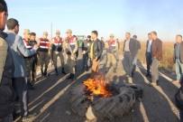 VEHBİ KOÇ - 3 Kişinin Öldüğü Yolu Trafiğe Kapatıp Lastik Yaktılar