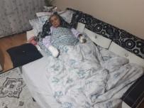 PARMAK - Son Kez Evinde Uyumak İsteyen Selvi Teyze Gözünden Oldu