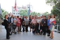 CUMHURIYET BAYRAMı - Turgutlulu Ressamlar Eserleriyle İzmir'de