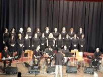 İSTIKLAL MARŞı - Türk Halk Müziği Kadınlar Korosu Atatürk'ün Sevdiği Türküleri Seslendirdi