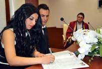 TÜRKMENISTAN - Aliağa'da 588 Çift Nikah Masasına Oturdu