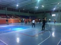 ÇEYREK FİNAL - Altıntaş'ta 'Öğretmenler Günü Voleybol Turnuvası' Başladı