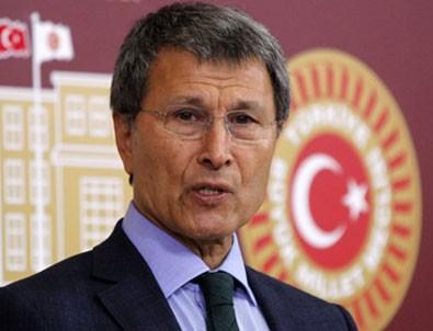 İYİ Parti'nin TBMM başkan adayı Yusuf Halaçoğlu