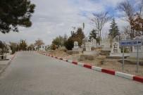 ERTUĞRUL ÇALIŞKAN - Karaman Belediyesi'nden Mezarlık Düzenlemesi