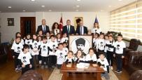 ÇOCUK ÜNİVERSİTESİ - Mersin Çocuk Üniversitesi'nde Çocuklar Öğrenmeyi Öğreniyor