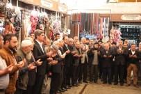 HEDİYELİK EŞYA - Nihat Çiftçi, Tarihi Çarşılardaki Esnafı Ziyaret Etti