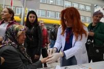 KORUYUCU HEKİMLİK - Sokakta Şeker Ölçümü Yapıldı