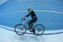 REKOR DENEMESİ - Tek Nefeste Bisikletle Suyun Altında En Uzun Mesafe Gitme Rekorunu Kırmaya Çalışacak