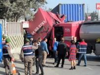 MUSTAFAPAŞA - Tır İle Tanker Kafa Kafaya Çarpıştı Açıklaması 2 Yaralı