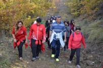 İBRAHIM HALıCı - 'Yürümek Özgürlüktür' Sloganlı Doğa Yürüyüşü Düzenlendi