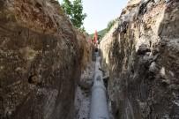 BOZARMUT - Bozarmut Mahallesinde Kilit Parke Çalışması