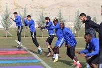 SARı KART - E. Yeni Malatyaspor'da Milli Futbolcular Döndü