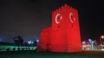 AY YıLDıZ - Fatih'te Türk Bayrağı Tarihle Buluştu
