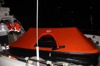 MUSTAFA CUMHUR - Göcek'te Batan Yattaki 4 Kişi Son Anda Kurtarıldı