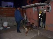 POMPALI TÜFEK - İzmir'de 300 Polisle Uyuşturucu Operasyonu Açıklaması 25 Gözaltı