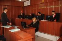 HUKUK FAKÜLTESI - Okulda Mahkeme Salonu Şeklinde Sınıf Açıldı