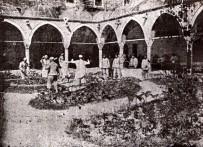 ERCIYES ÜNIVERSITESI - 800 Yıl Öncesinde İlaç Yerine Müzik Kullanılıyordu