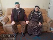 EVDE TEK BAŞINA - 'Umreden Geldik' Diyen Hırsızlar Yaşlı Kadının Altınlarını Ve İlacını Çaldı
