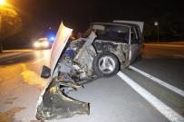 ALKOLLÜ SÜRÜCÜ - Alkollü Ve Ehliyetsiz Sürücü Kazaya Neden Oldu