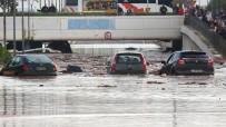 ŞİDDETLİ YAĞIŞ - Atina'da Sel Açıklaması 16 Ölü
