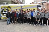 KADİR ALBAYRAK - Başkan Albayrak'tan Tekirdağ Sporlu Futbolculara Moral Yemeği